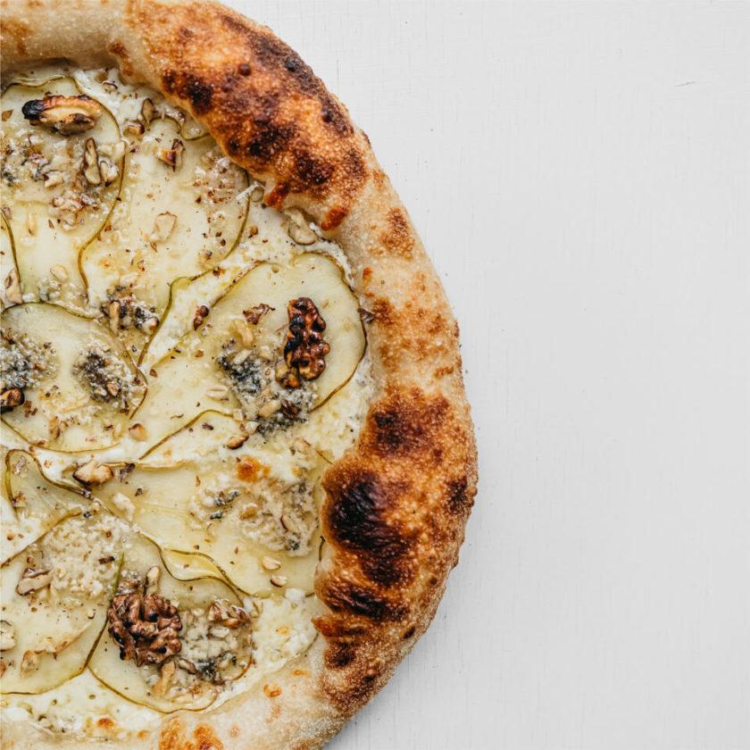 Пицца Груша, горгонзола